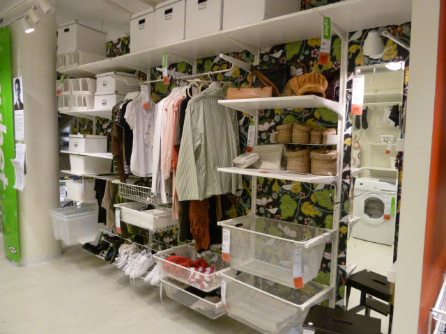walk in closet shelving ideas