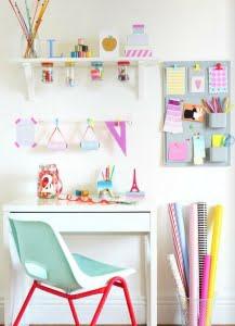 Färglatt-arbetsbord-skrivbord