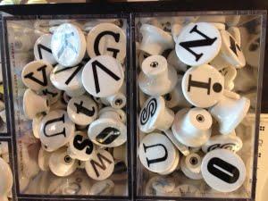 Knoppar-med-bokstaver