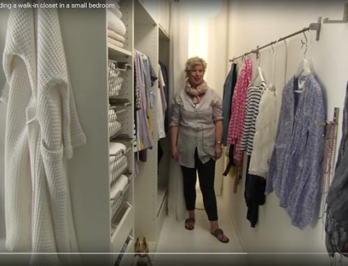 Walk in closet för litet sovrum