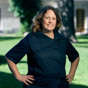 Brita Hahne, grundare till Smpl - Organiserad enkelhet