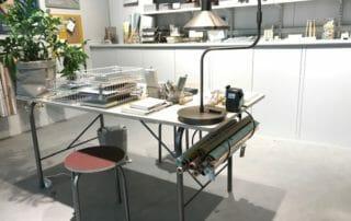 Skrivbord med förvaring av presentpapper Formex 2019