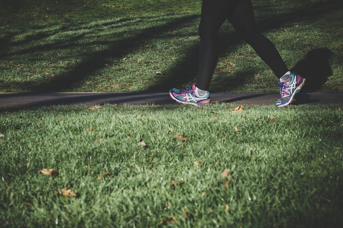 En person som promenerar om motivation